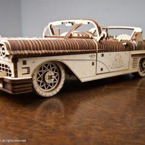 Modellkit i trä